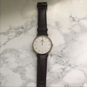 Daniel Wellington Inspired Watch